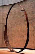 アート,作品,現代美術,鉄,写真:HOLE_鉄のアート作品